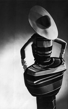 1950 Norman Norell - Designer Photo by Gjon Mili
