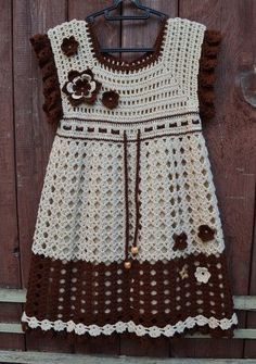 Crochet Dress. With flowers in the Model Pattern step by step the details. | Crochet Patterns