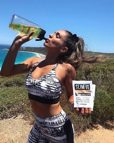 How stunning is @tekiesha.pages with her SLIM IT Peach Iced Tea!. Did you know our SLIM IT is gluten free naturally flavoured naturally sweetened AND vegan friendly?!. . www.uniquemuscle.com.au Cranberry Powder, Peach Ice Tea, Fat Burning Supplements, Drink More Water, Summer Body, Iced Tea, Natural Flavors, Stress And Anxiety, Bubble Gum
