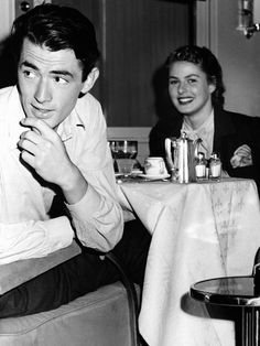 """Gregory Peck and Ingrid Bergman on the set of """"Spellbound"""" (1945)"""