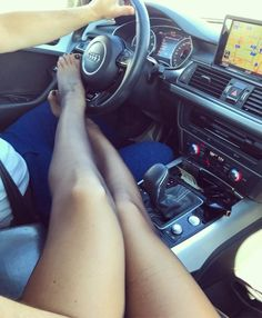 Womens midget shotput discuss
