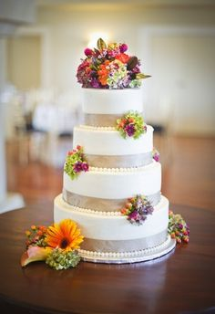 AWESOME FLAVORS  Buttercream Dreams, LLC | Charlottesville Wedding Cakes & Desserts on Borrowed & Blue