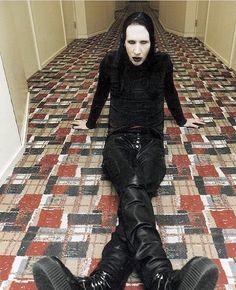 Antichrist Superstar imagery - The Marilyn Manson Wiki Marilyn Monroe, Marilyn Manson Makeup, Brian Warner, El Rock And Roll, Rock Y Metal, Charles Manson, Punk, Cultura Pop, Twiggy