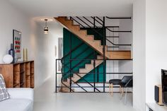 Renovated 1950s apartment glows anew in a London Brutalist icon - Curbed