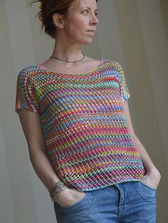 Fabulous Crochet a Little Black Crochet Dress Ideas. Georgeous Crochet a Little Black Crochet Dress Ideas. Débardeurs Au Crochet, V Stitch Crochet, Crochet Shirt, Crochet Cardigan, Lace Knitting, Knitting Patterns, Crochet Patterns, Lace Top Outfits, Crochet Summer Tops