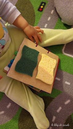 Sensory Boards, Busy Board, Au Pair, Maria Montessori, Baby Education, Baby Play, Diy Accessories, Babysitting, Picnic Blanket