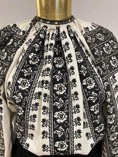 Traditional Dresses, Elsa, Diy And Crafts, Costumes, Popular, Embroidery, Bridal, Jackets, Design