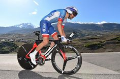 Thibaut Pinot (FDJ) wins time trial at Tour de Romandie