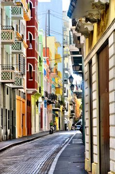 Streets of Old San Juan Photo by Brooklyn Kennedy Photography