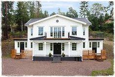 Bildresultat för vitt hus svart tak