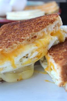Fried Egg Grilled Cheese Sandwich is a delicious breakfast sandwich with fried e., Fried Egg Grilled Cheese Sandwich is a delicious breakfast sandwich with fried eggs, two type of cheese and then grilled to a golden brown. Breakfast Desayunos, How To Make Breakfast, Breakfast Dishes, Breakfast Recipes, Fried Eggs Breakfast, Breakfast Sandwiches, Breakfast Healthy, Fried Egg On Toast, Eating Healthy