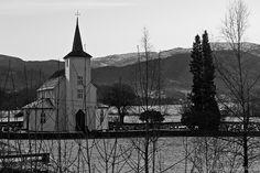 Iglesia de Samnanger. Samnanger kyrkje!