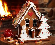 The winter can bring some of the most romantic winter date ideas around! Any date idea you are looking for, we have the inspiration you need! Christmas Gingerbread House, Christmas Sweets, Merry Little Christmas, Christmas Baking, Winter Christmas, Gingerbread Cookies, Christmas Cookies, Christmas Holidays, Christmas Decorations