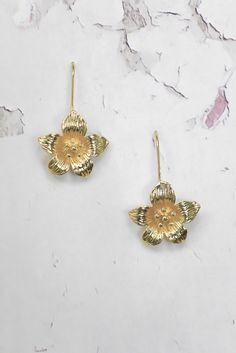 Helen & sienna -Milla earrings- These golden pansies handmade from 24k gold plated/ this elegant earrings brings the classic look to your day.