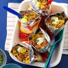 taco recipes Walking Tacos Recipe -These Walking Tacos are great for an on-the-go dinner, campfire meal or easy game night supper. The ingredients go right into the chip bags! Camping Meals, Kids Meals, Easy Meals, Group Camping, Camping Cooking, Camping Tips, Backpacking Recipes, Camping Checklist, Camping Dishes