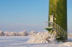 cool Fotografie »Schneelandschaft mit Windkraft @ Wind Nº 32«,  #Naturansichten