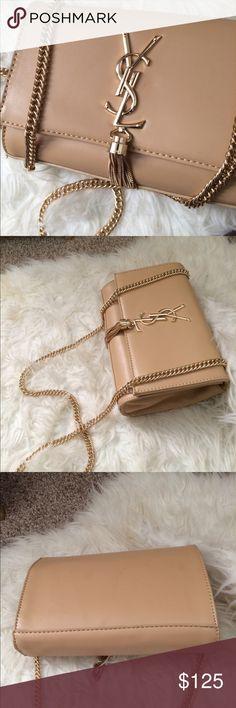 Tan ysl 😍❤️ Beige bag. Super cute! Looks & feels leather. New condition☺️❤️ Yves Saint Laurent Bags
