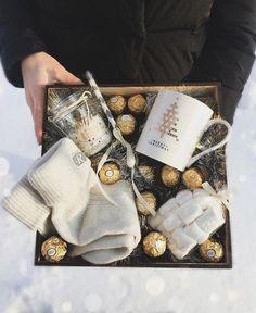 30 Unique Christmas gift box ideas easy and cheap – With Christmas coming, are you ready for Christmas gifts for family and friends? Have you considered a personalized Christmas gift box? There are many Christmas gifts to choose from,… Continue Reading → Christmas Gift Videos, Diy Christmas Gifts For Friends, Christmas Gift Baskets, Christmas Gifts For Mom, Christmas Diy, Holiday Gifts, Christmas Outfits, Christmas Pictures, Christmas Decorations