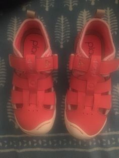 b9e8e8997 Extra Off Coupon So Cheap Plae Pink Girls Gender Fluid Shoes Sneakers  Sandals Mint Condition