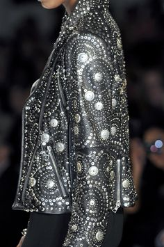 Naeem Khan at New York Fall 2010 (Details)