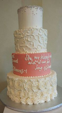 wedding cakes with writing indian buttercream wedding cake with gold fondant fresh 26140