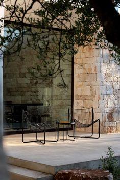 Arched Doors, House On The Rock, Old Building, S Pic, Dream Garden, Exterior Design, Landscape Design, New Homes, Cottage