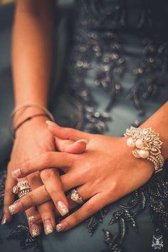 #shaadiwish #indianwedding #indianbride #rings #engagementring #weddingring #diamondring #weddinginspiration #weddingphotography #bridetobe #engagementrings