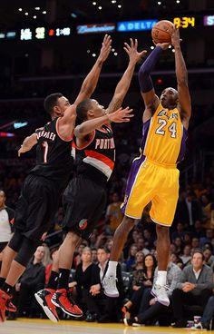 Best Ideas For Basket Ball Court Wallpaper Kobe Bryant Kobe Bryant Family, Kobe Bryant 8, Lakers Kobe Bryant, Kobe Bryant Quotes, Michael Jordan Pictures, Kobe Bryant Pictures, Kobe Lebron, Kobe Mamba, Nba Pictures