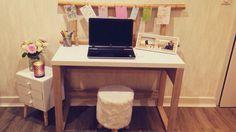 Bureau en bois avec echelle pose serviette