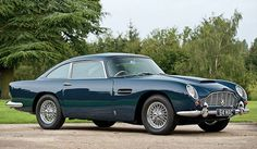 Aston Martin Sierra Blue 1964 DB5 coupe