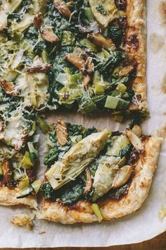 ARTICHOKE, SPINACH AND LEEK TART WITH ROASTED GARLIC AND SUN-DRIED TOMATO SPREAD — A Thought For Food
