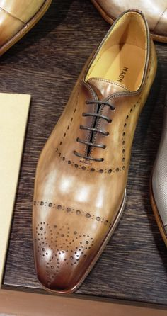 Magnanni Pitti Uomo 86 Be still my beating heart. Hot Shoes, Men's Shoes, Shoe Boots, Dress Shoes, Shoes Men, Mens Fashion Shoes, Nike Shoes, Formal Shoes, Casual Shoes