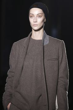 Easy elegance from Haider Ackermann for Fall/Winter 2014-2015, with signature tailoring and a low-key palette. http://voguefr.fr/HaiderAckermann_FW14