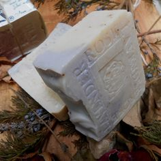 For a special lady friend of my birthday party in Texas in 3 days Provence of France Lavender Soap amazing scent feels like the french country side. Rich lather, bits of lavender flowers and rose petals with the relaxing scent of lavender in this beautiful soap... #Austin Texas