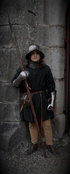 A 1470s western european (swiss) soldier.