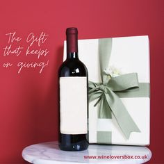 Give the gift of adventure to the wine lover in your life with a Wine Lovers Box subscription!  #winegift #winetasting #giftsforwinelovers #winegiftboxes #bestgiftforwinelovers #wine #wineboxgiftset Gifts For Wine Lovers, Wine Gifts, Wine Tasting Notes, Wine Gift Boxes, Subscription Gifts, Gourmet Gifts, Simple Christmas, Best Gifts, Drink