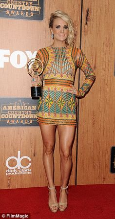 Carrie Underwood Legs, Carrie Underwood Pictures, Nice Legs, Beautiful Legs, Fitness Models, Outfits 2016, Sexy Legs And Heels, Country Girls, Country Music