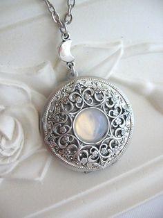 Silber Medaillon Mond Mond Halskette Silber von CharmedValley