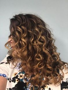 Achieving your curly hair transformation doesn't happen overnight— DevaCurl can help your curls reach their full potential through our guides and stylists. Curly Balayage Hair, Blonde Highlights Curly Hair, Ombre Curly Hair, Honey Blonde Hair, Colored Curly Hair, Curly Hair Tips, Long Curly Hair, Curly Hair Styles, Dark To Light Hair