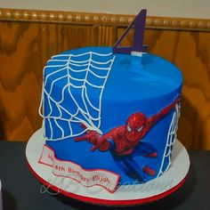 Spiderman Cake Ideas for Little Super Heroes - Novelty Birthday Cakes Spiderman Cake Topper, Spiderman Birthday Cake, Spiderman Theme, Superhero Theme Party, Batman Cakes, Superhero Cake, Boy Birthday, Novelty Birthday Cakes, Cute Cakes