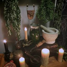 Image about books in ღ Pagan - Magic - Wicca - spells ღ by ❥ Bambi Witch Cottage, Witch House, Witch Room, Hedge Witch, Baby Witch, Spiritus, Witch Decor, Witch Craft, Witch Aesthetic