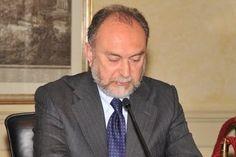Per il senatore Antonio d'Alì è stata riservata la posizione numero 6 al Senato. Premiato e derogato, unico in Sicilia, per il suo costante apporto nei confronti della causa berlusconiana (Forza Italia prima e Pdl adesso).