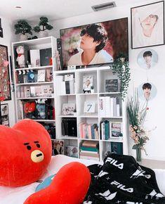 Cute Room Ideas, Cute Room Decor, Room Ideas Bedroom, Bedroom Decor, Army Room Decor, Kawaii Room, Room Goals, Aesthetic Room Decor, Dream Rooms