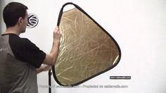 Panel reflector triangular plateado y dorado distribuido por CABLEMATIC ®