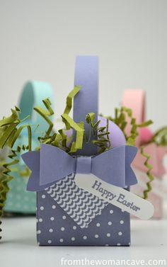 A Happy Little Easter Basket Gift Box Punch Board. Perfect for an EOS Lip Balm. gifts cricut 15 Brilliant Ways to Gift EOS Lip Balm - theFashionSpot Easter Projects, Easter Crafts, Bunny Crafts, Easter Decor, Easter Ideas, Easter Gift Baskets, Basket Gift, Envelope Punch Board Projects, Card In A Box