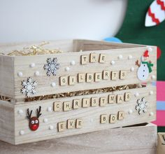 20 Great Christmas Eve Box Ideas for Holiday You are in the right place about kids christmas countdo Christmas Eve Box For Kids, Wooden Christmas Eve Box, Xmas Eve Boxes, Christmas Gift Baskets, Holidays With Kids, Diy Christmas Gifts, Christmas Fun, Christmas Hacks, Christmas Decorations