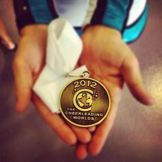 2012 worlds medal I can hear the hallelujah chorus. do u hear that? Eyeliner Flick, Cheer Extreme, Cheer Pictures, Cheer Pics, Cheer Quotes, Cheer Hair, Just Smile, Cheerleading, Passion