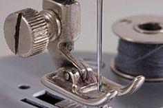 Nähmaschine: Unterfaden macht Schlaufen - so passen Sie die Spannung an