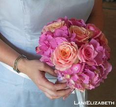 peach and pink bridesmaid bouquet