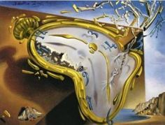 times in Spanish la hora clock Dali